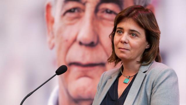 Catarina Martins salienta luta pela dignidade e SNS de João Semedo