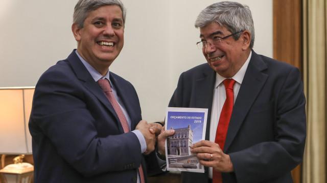 """Centeno considera """"histórica"""" entrega da quarta proposta da legislatura"""