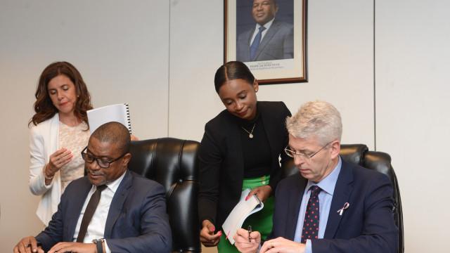 Moçambique espera investimento para pesquisa de gás e petróleo