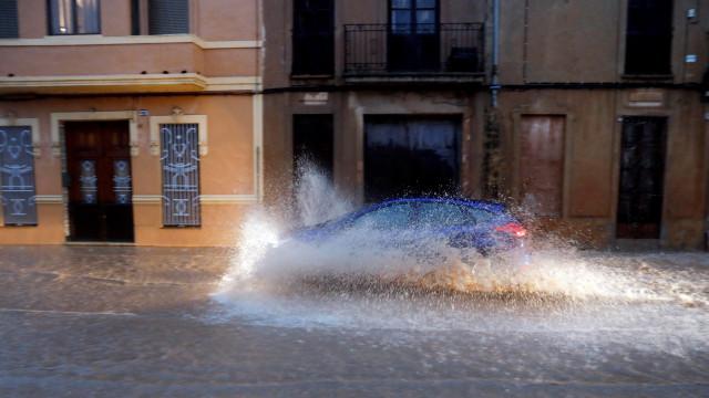 Fenómeno de gota fria. Espanha enfrenta as chuvas mais fortes da década