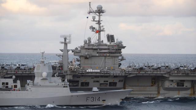 PSP detém dois militares de porta-aviões dos EUA suspeitos de roubo