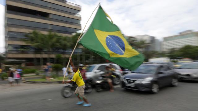 Crimes eleitorais no Brasil: 58 detidos e 1.956 urnas substituídas