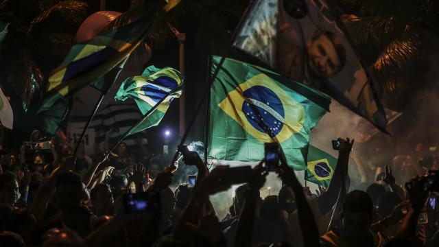 """CDS felicita Bolsonaro e espera que """"relações com Portugal continuem"""""""