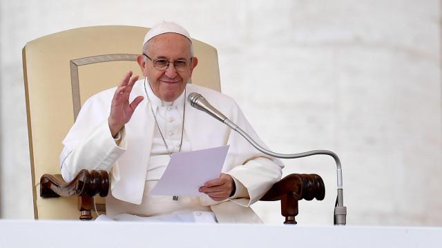 """Papa expressou """"coragem"""" a mulher de empresário raptado em Moçambique"""