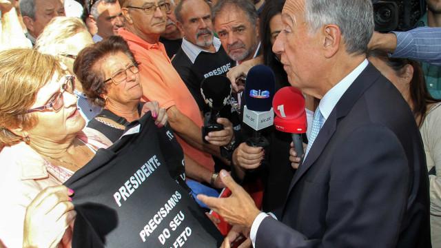 """Marcelo vai """"ver o que se passa"""" com a situação dos lesados do Banif"""