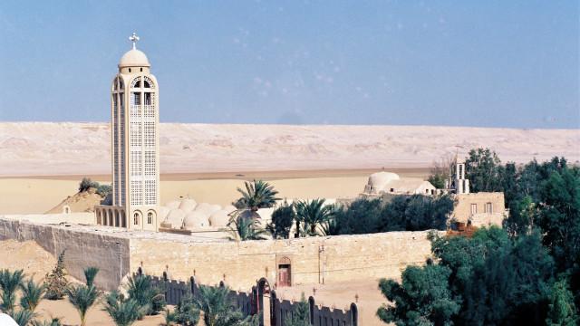 Egito abate 19 terroristas envolvidos em ataque a autocarro em Minya