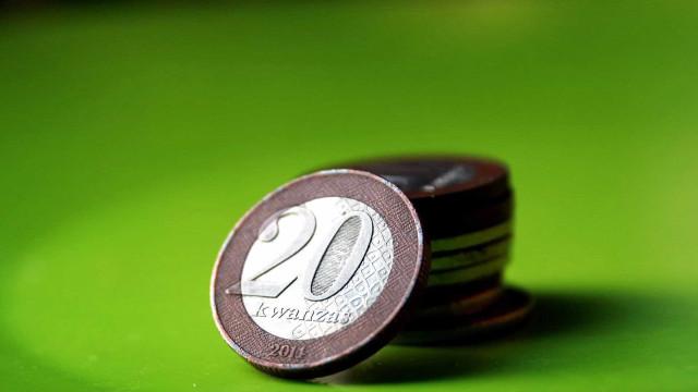 Moeda angolana aprecia-se hoje ligeiramente face ao euro e dólar