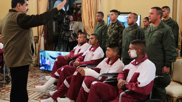 Jornalistas impedidos de cobrir conferência de imprensa de militares