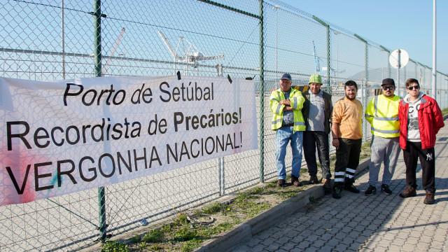 Prosseguem hoje negociações sobre conflito laboral no Porto de Setúbal