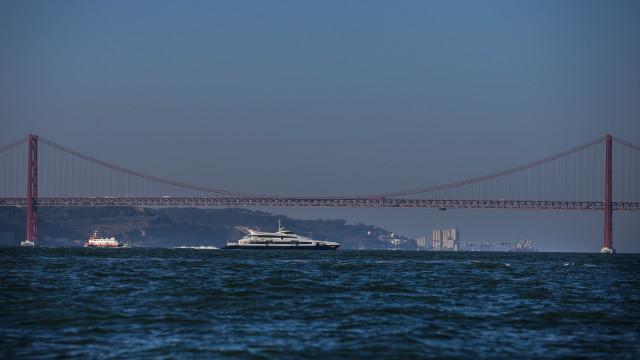 Trânsito reaberto na ponte 25 de abril mas com condicionamentos