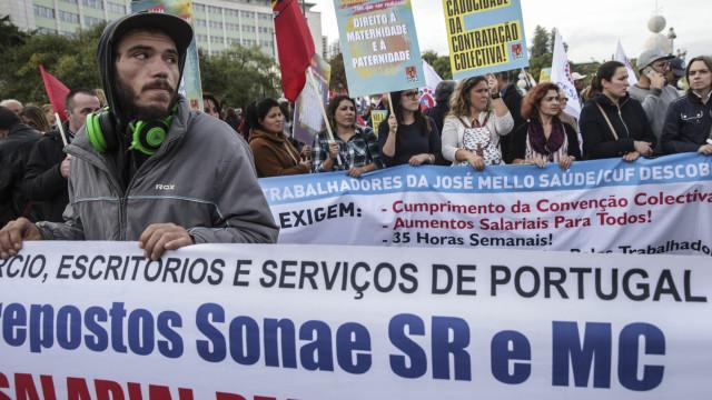 """""""Muitos milhares"""" em Lisboa para pedir melhores condições laborais"""