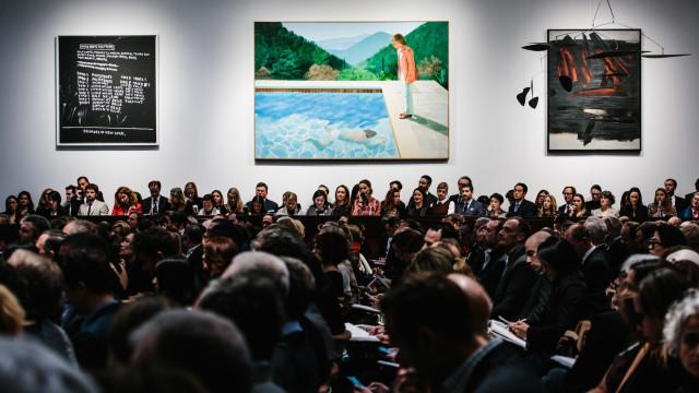 Obra de David Hockney bate recorde de vendas em leilão