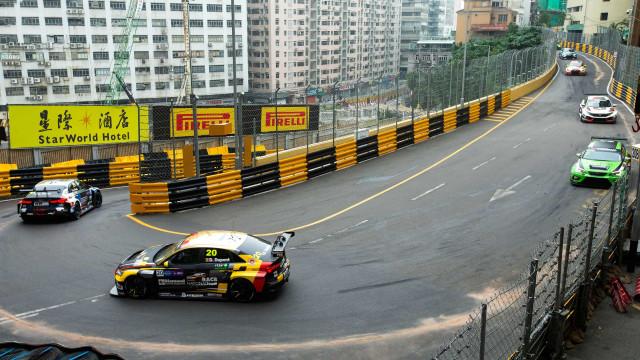 Acidente com 5 feridos obrigou à suspensão do Grande Prémio de Macau