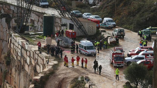Borba: Chuva dificulta operações e autoridades tentam repor eletricidade