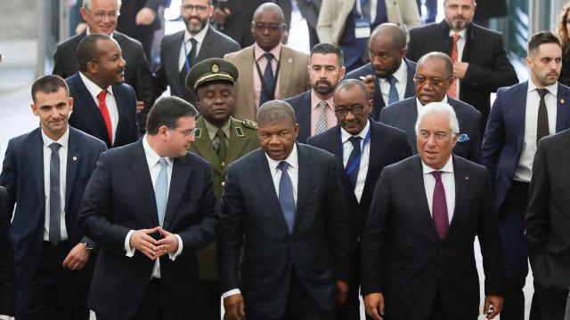 Governo diz que Angola já pagou 100 dos 200 milhões de dívida certificada