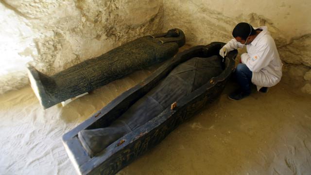 Egito anuncia descoberta de túmulo faraónico em Luxor