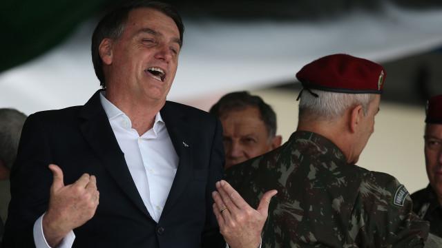 "Bolsonaro avisa: Se houver indulto de Natal este ano, ""será último"""