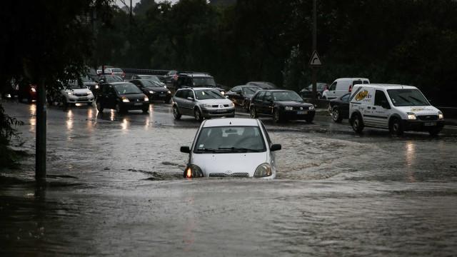 Sapadores de Lisboa registaram 43 inundações durante a tarde