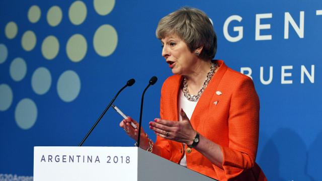May destaca que Brexit traz ao Reino Unido política comercial própria