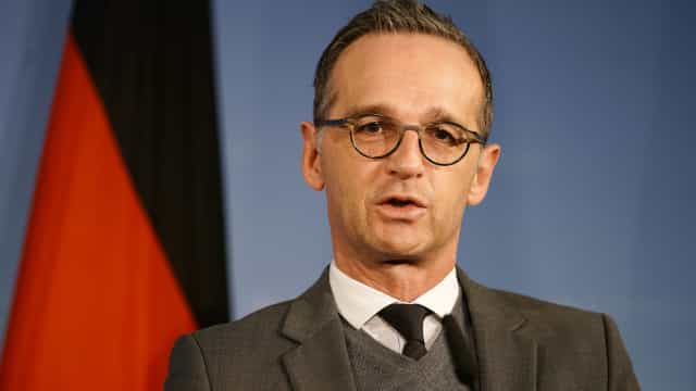 MNE alemão diz que em democracia não há lugar para a violência