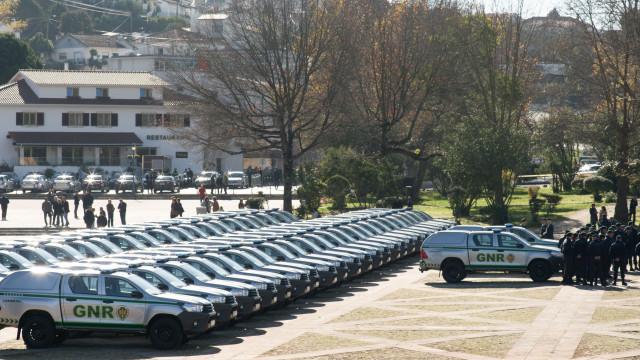 Governo entrega 47 viaturas a serviço de proteção da natureza da GNR