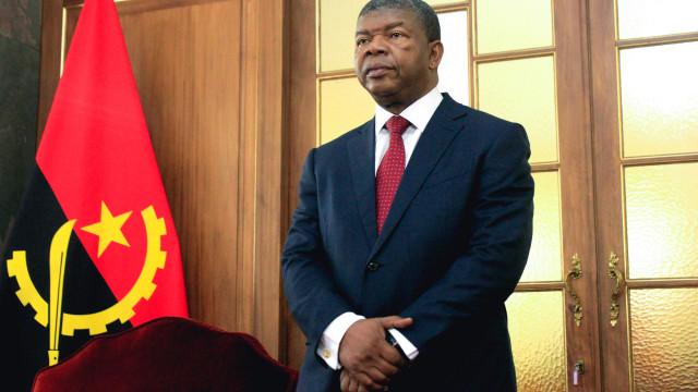 Abertura e mudança de política em Angola ofuscaram crise económica