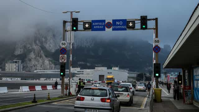 "Londres considera ""inaceitável"" descrever Gibraltar como ""colónia"""