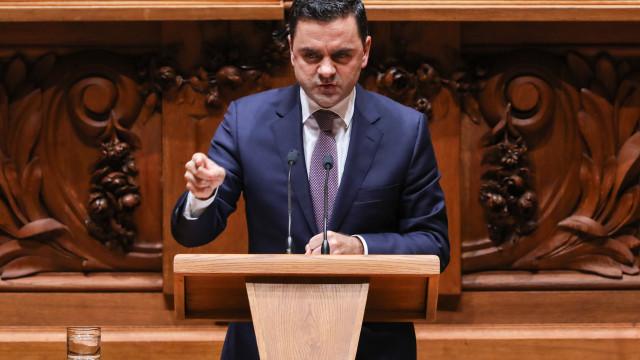 """Ministro garante recuperação de navio em falta """"ainda esta semana"""""""