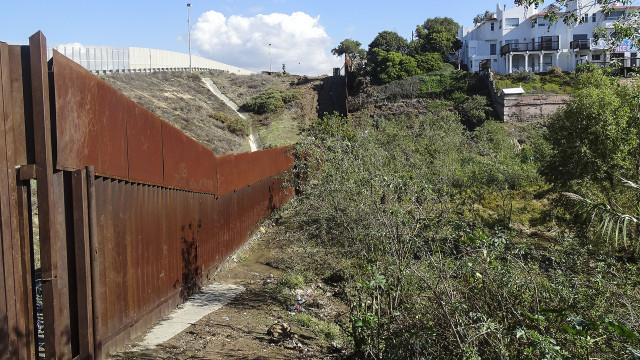 Tijuana convive com o 'Muro de Berlim' da América Latina