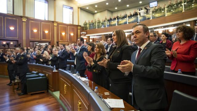 Rússia exige dissolução do exército do Kosovo aprovado hoje