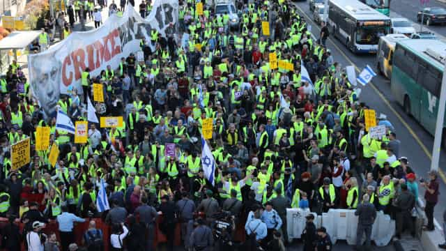 Coletes amarelos israelitas manifestaram-se contra subida dos preços