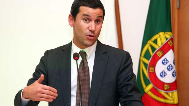 Governo prepara rede de abastecimento de emergência de combustíveis