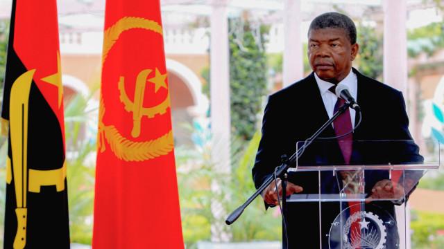 Presidente angolano substitui ministras das Pescas e da Família