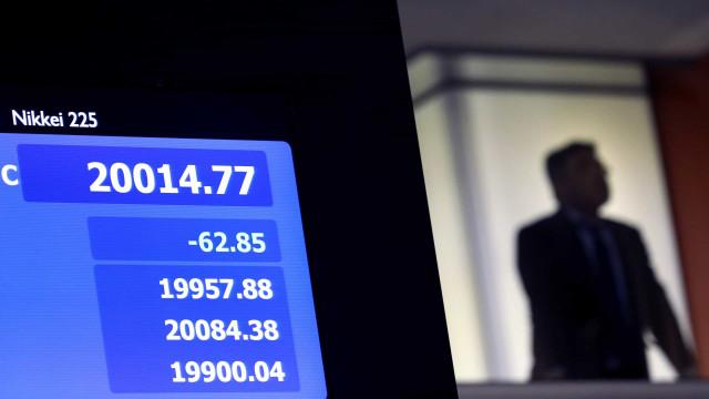 Bolsa de Tóquio ganha 0,10% no fecho
