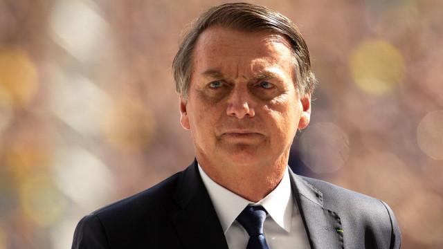 Bolsonaro promete prioridade para a educação básica