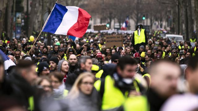 Coletes amarelos em Paris optaram por manifestações autorizadas