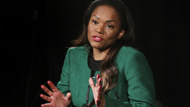 Filha do ex-Presidente diz que transição não é a que Angola esperava