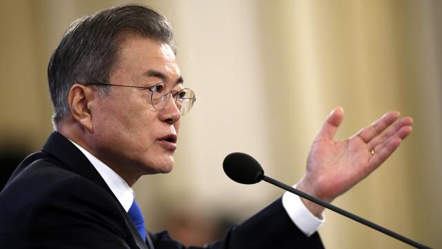 Coreia do Sul quer levantar sanções, mas avisa sobre desnuclearização