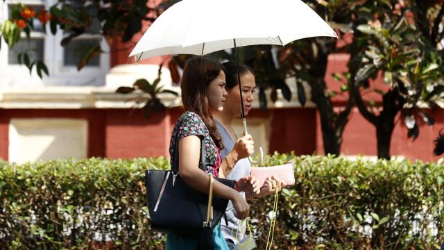 Jornalistas da Reuters condenados a pena de sete anos em Myanmar