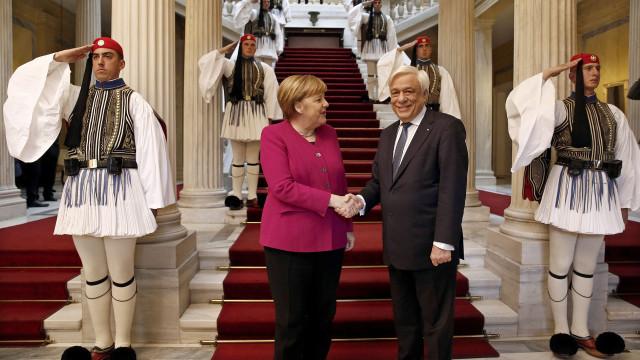 """Alemanha """"assume total responsabilidade pelos crimes"""" nazis na Grécia"""