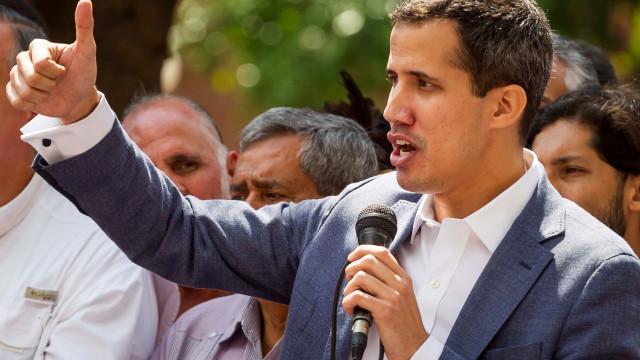 Governo brasileiro declara apoio ao líder da oposição na Venezuela