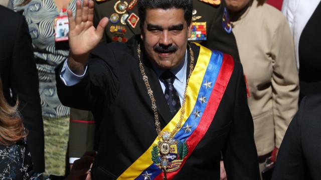 """Justiça """"deve atuar"""" após auto-proclamação de Guaidó como presidente"""