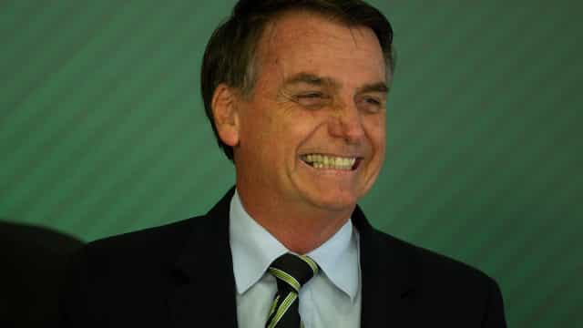 Num ano de poucas estrelas políticas em Davos, Bolsonaro colhe atenções