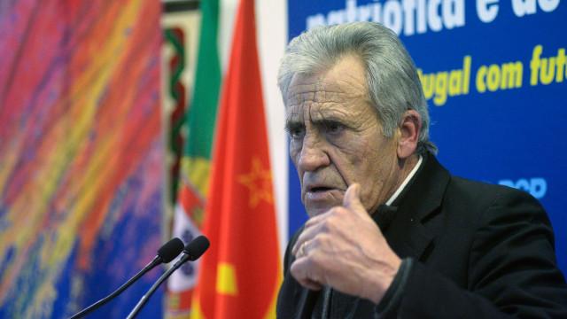 PCP pede para Governo garantir direitos dos portugueses no Reino Unido