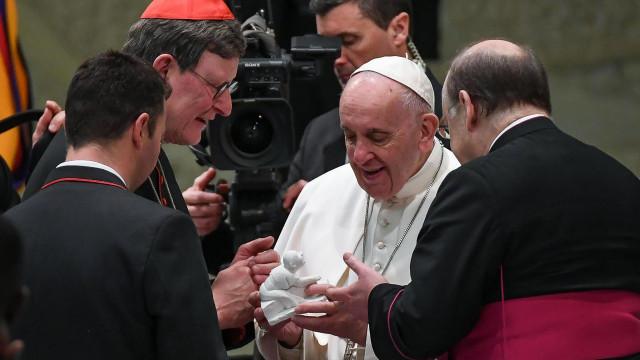 Papa quer que bispos tenham bem cientes regras contra abusos sexuais