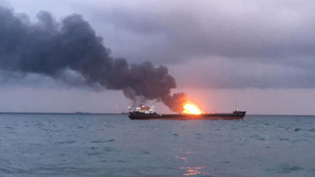Sobe número de mortos em acidente com navios no estreito de Kerch
