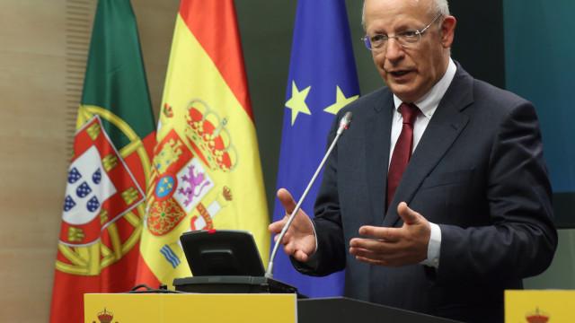 """""""Prioridade"""" é garantir a """"segurança dos portugueses"""" na Venezuela"""