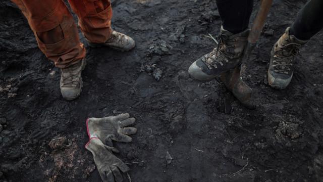 Brasil proíbe mineradoras de manterem construções abaixo de barragens