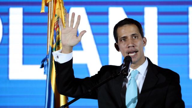 """Guaidó convocou para hoje """"maior marcha da história da Venezuela"""""""