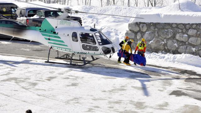 Pelo menos 10 mortos e um desaparecido após avalanche no Alpes